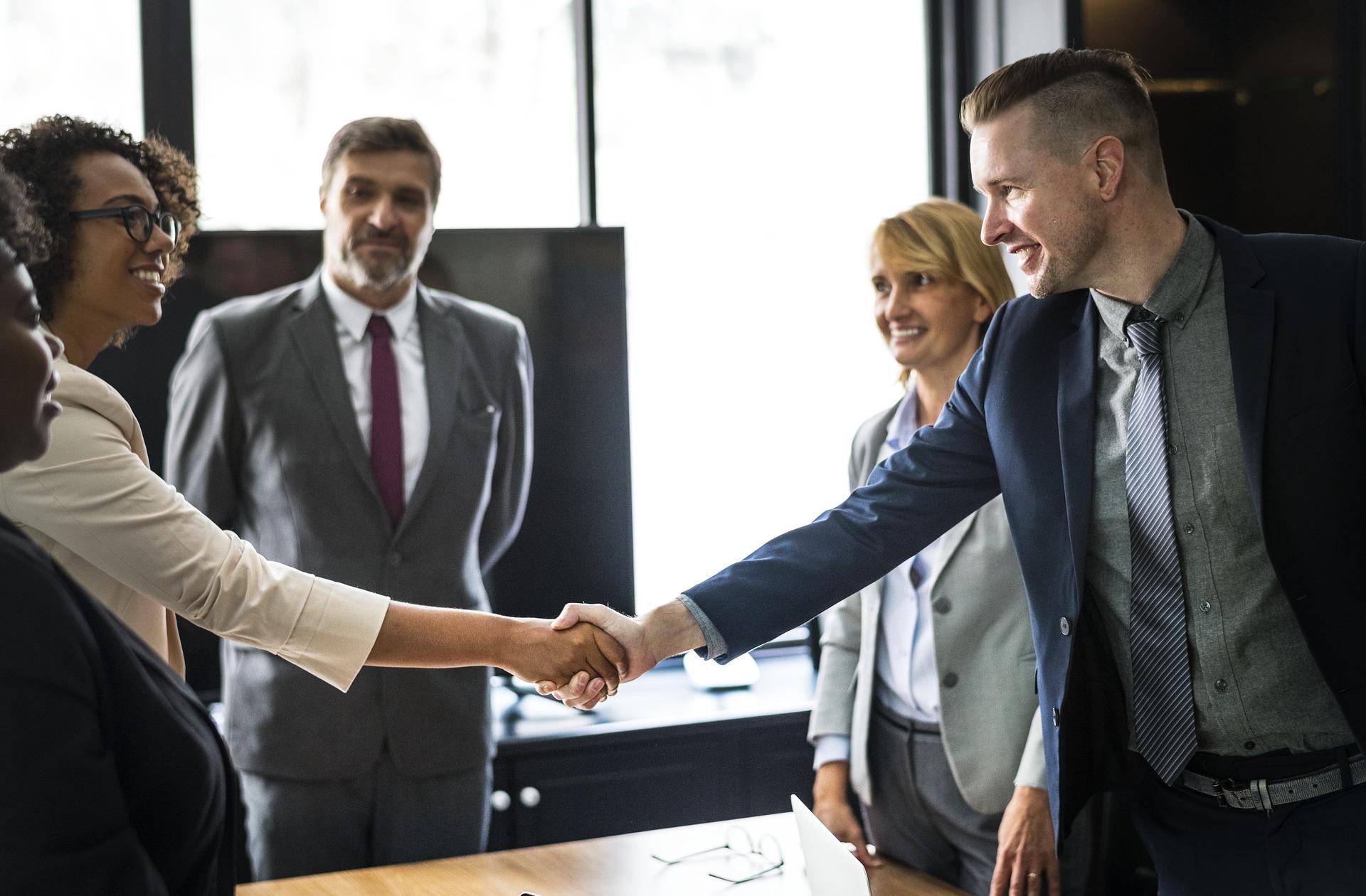 EXLIBRA - Czym rozni sie umowa o prace od umow cywilnoprawnych