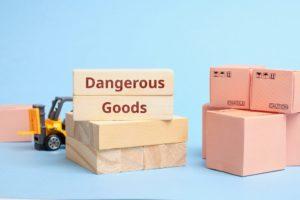 Jak transportować materiały niebezpieczne?